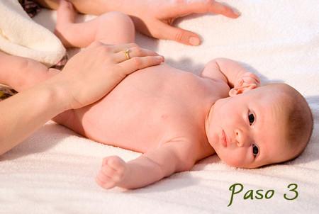 csm_03_Massage_Blaehungen_spanisch_02_9b6a66f127.jpg